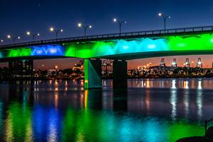 Sfondi desktop Stati uniti Fiumi Ponti La casa California Di notte Lampioni Queensway Bridge at Shoreline Village in Long Beach Città