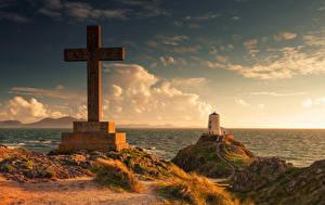 Wallpaper United Kingdom Coast Lighthouses Wales Cross Clouds Llanddwyn island